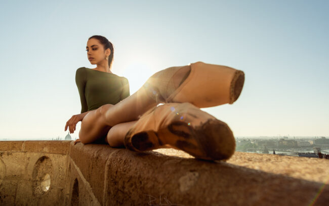 Camilla Mancuso posing in the Fishermen's Bastion. Hungarian National Ballet. Magyar Nemzeti Balett. Ballet Photography Budapest